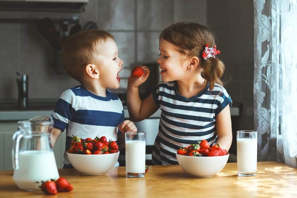 Benefits of Healthy Snacks over Kids