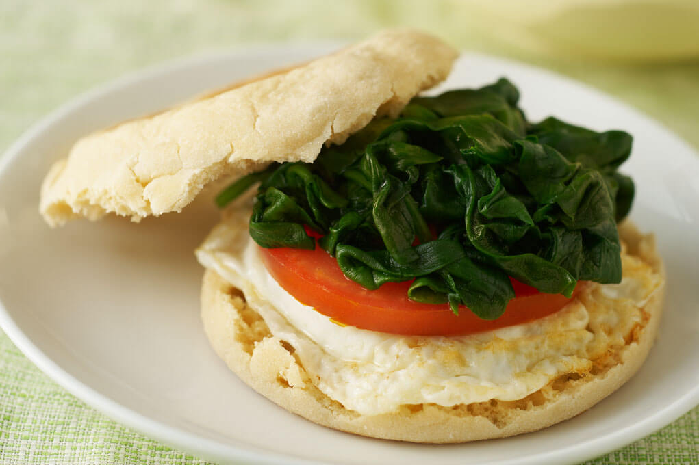 Egg and tomato sandwich For Breakfast